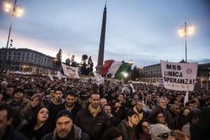 M5s: al via a Roma 'Notte dell'Onestà' contro Mafia Capitale